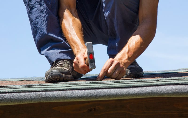 Can a Teenager Get a Job as a Commercial Roofing Contractor?