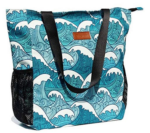 One of the most cute beach bags for teens is this shoulder tote by Esvan.