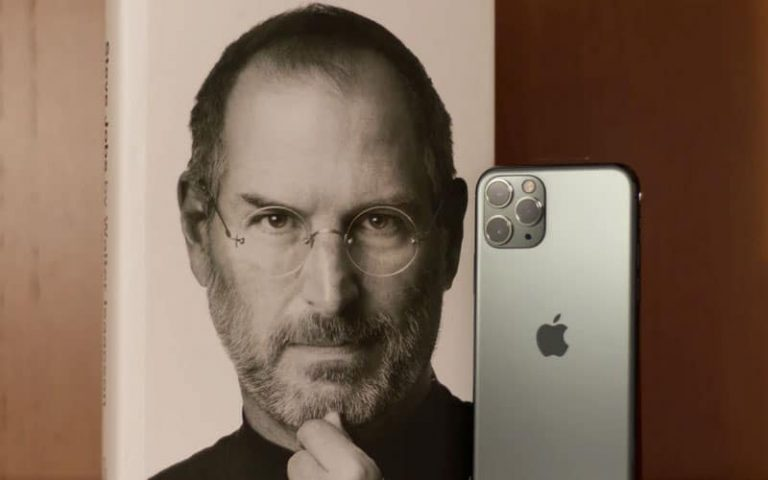 Did Steve Jobs Go To College?