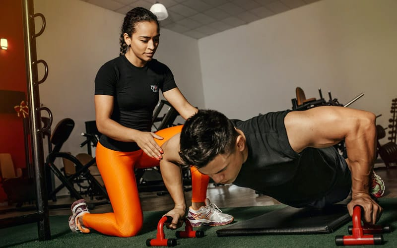 Personal Trainers for Teenagers: What you NEED To Know